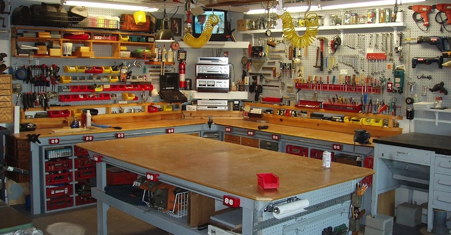 How to Set Up a Garage Workshop