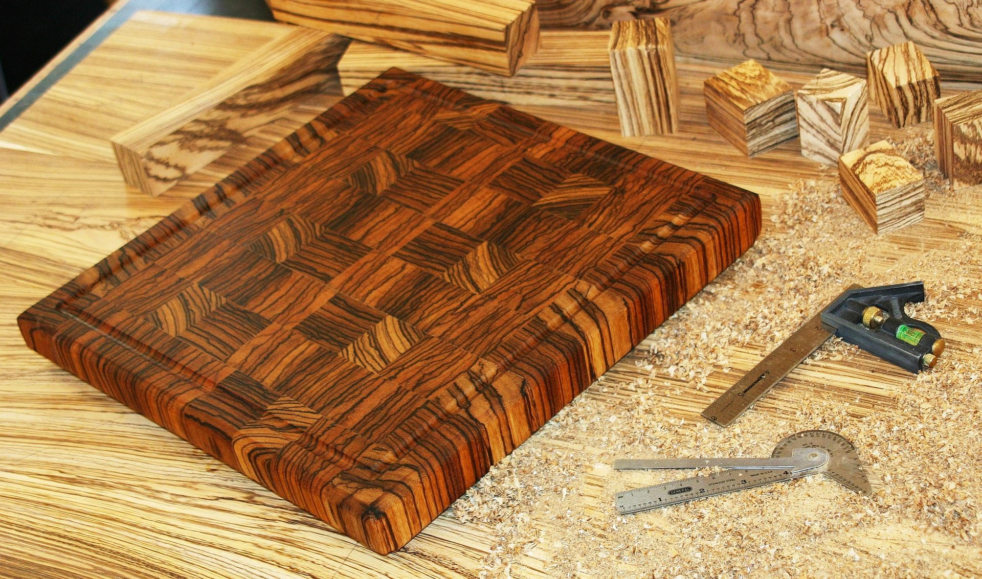 How To Build An End Grain Cutting Board From Scrap Wood