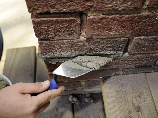How to Re-point a Brick Foundation