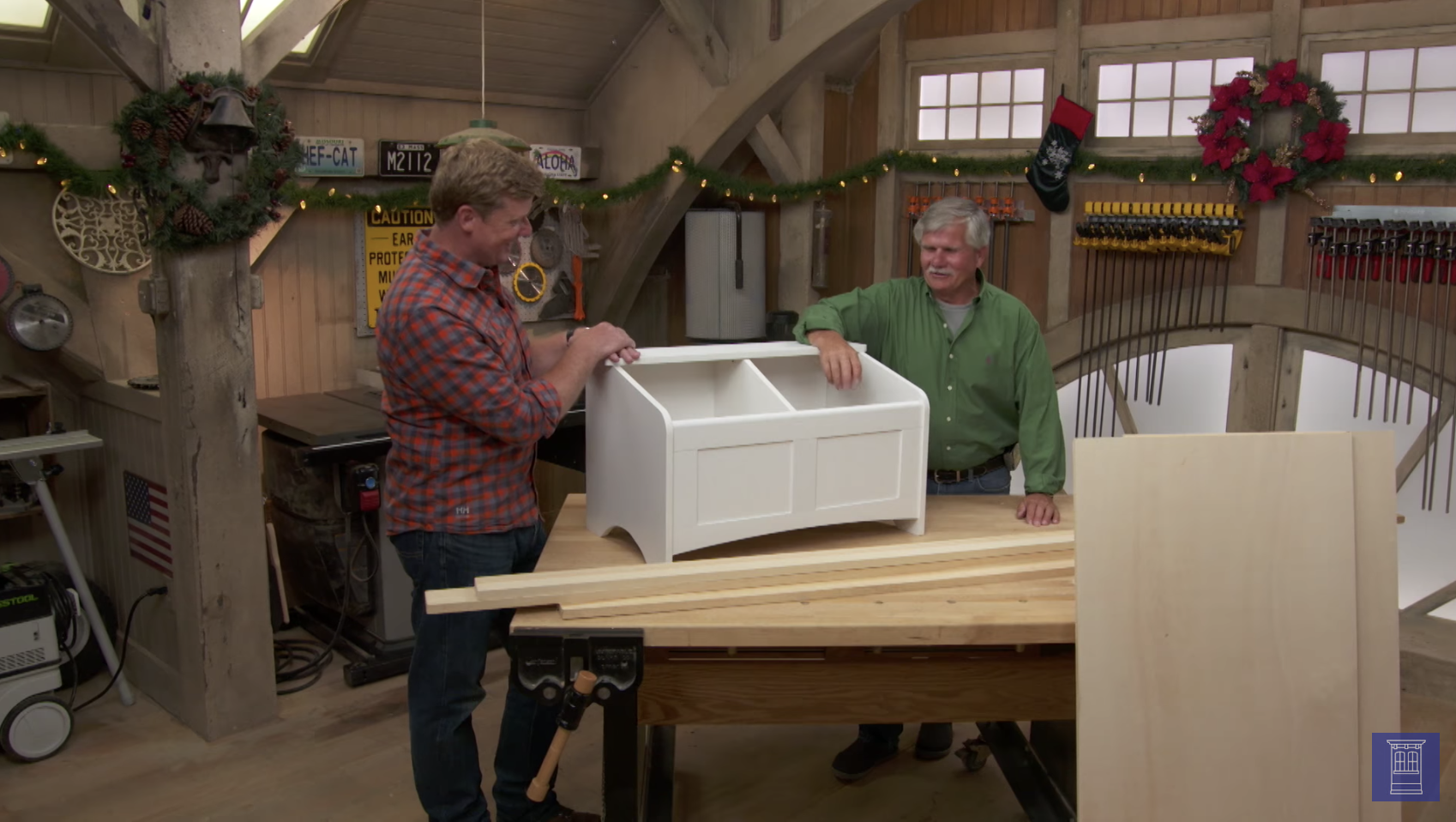 Step By Step: How To Build a Holiday Toy Box